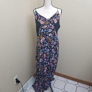 Xhileration XXL Maxi Dress Floral